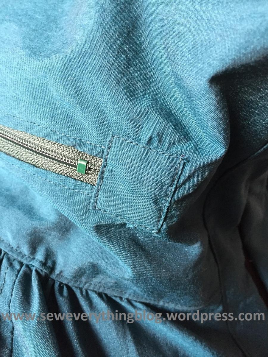 collar zip3